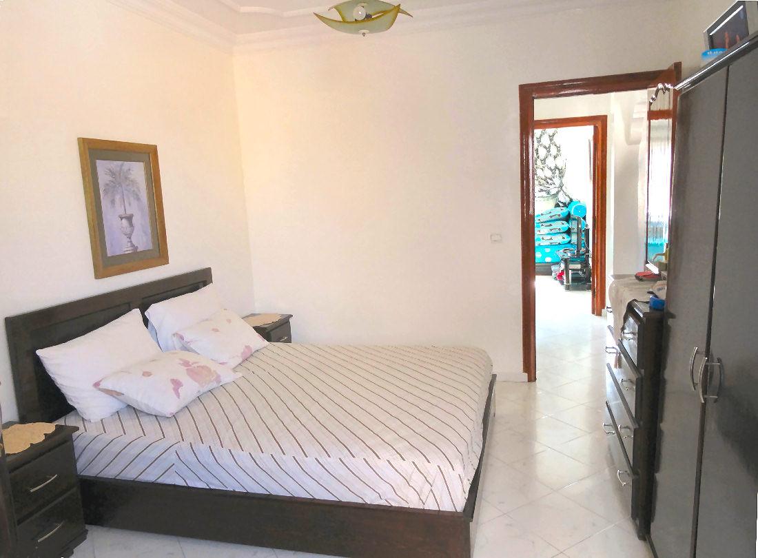 label vie dsc01060. Black Bedroom Furniture Sets. Home Design Ideas